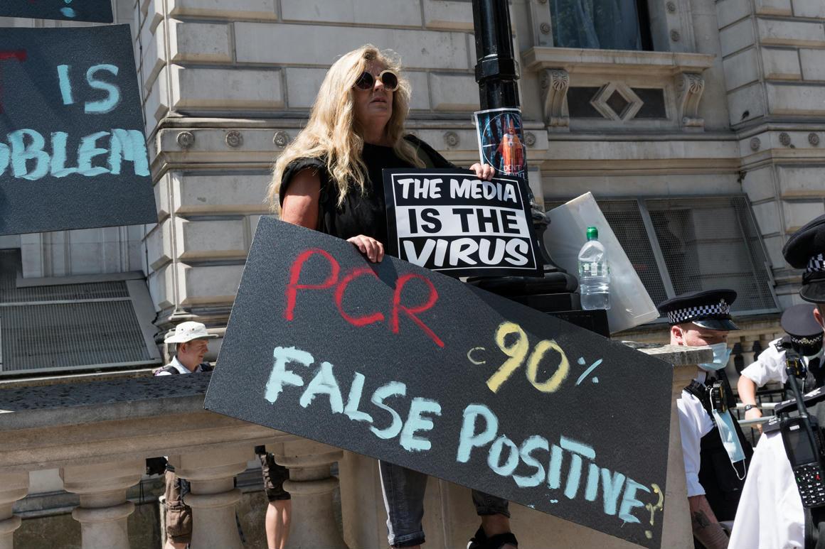 Kitört a botrány egy rangos folyóiratnál, miután lehozott egy tanulmányt a koronavírus-vakcinák végzetes hatásairól – Qubit