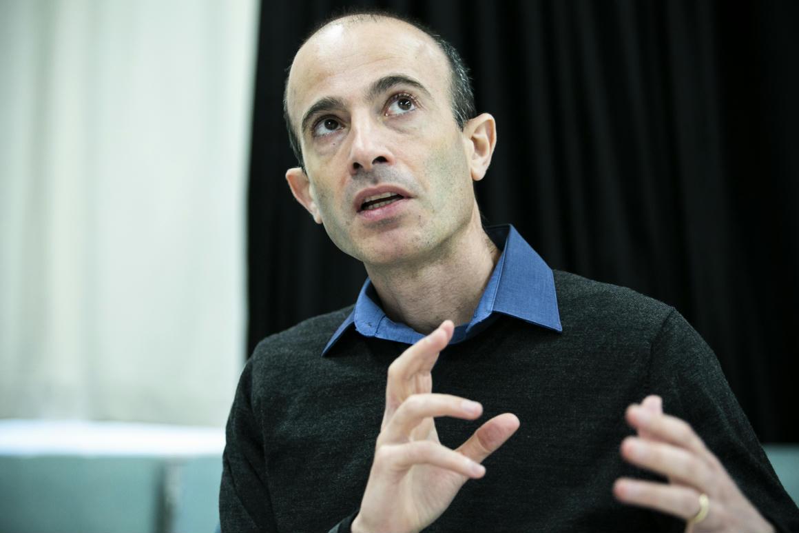 Harari új könyvének orosz kiadásában átírták a Putyin hazugságairól szóló részeket