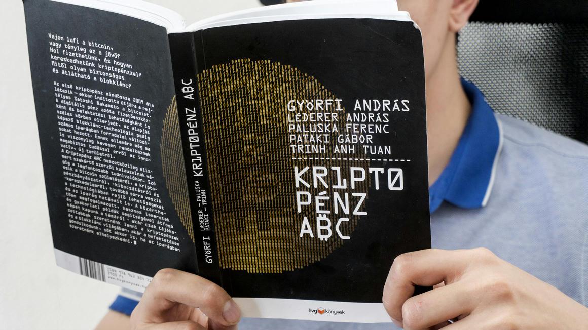 crypto kereskedési könyv