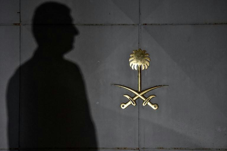 Autóbalesetben életét vesztette az egyik szaúdi katona, aki a gyanú szerint Isztambulban végzett egy ellenzéki újságíróval