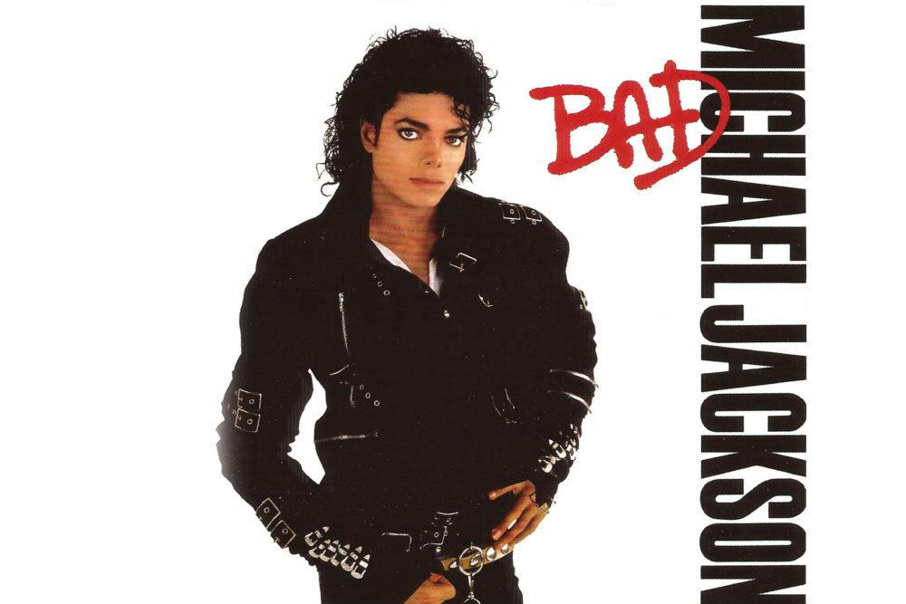 Bad: Pénzzé teszik Michael Jackson fekete dzsekijét 444