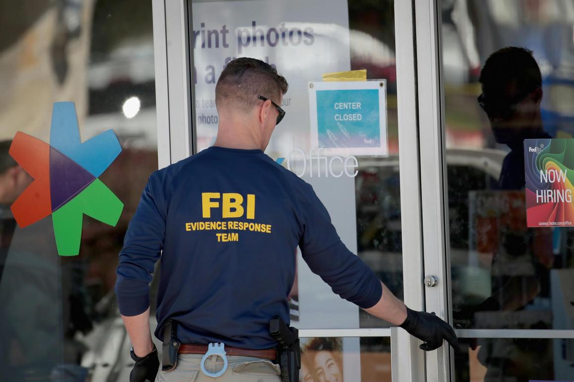 Az FBI szerint neonácik azt tanácsolják a koronavírusos tagjaiknak, hogy fertőzzenek zsidókat és rendőröket