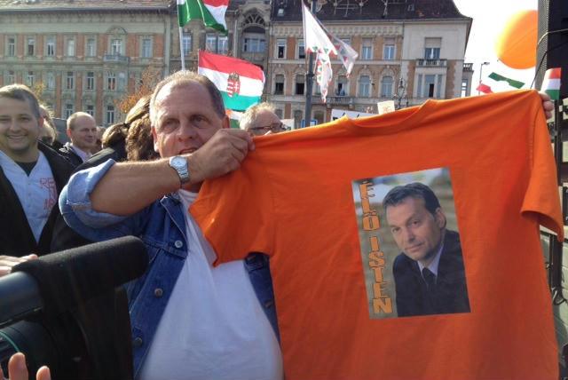 """Képtalálat a következőre: """"Orbán Viktor az isten"""""""