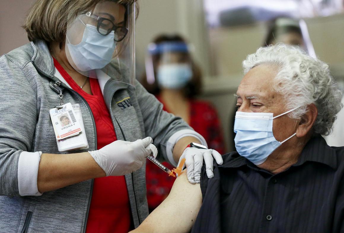 Krónikus betegek is beadathatják a koronavírus elleni vakcinát