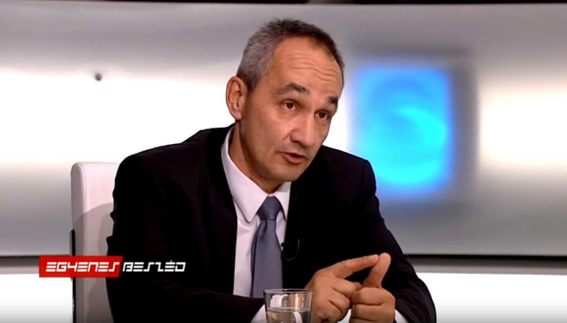 Varga Mihály  kirúgta a fiatal vállalkozókat megszívató Pákozdi Szabolcsot