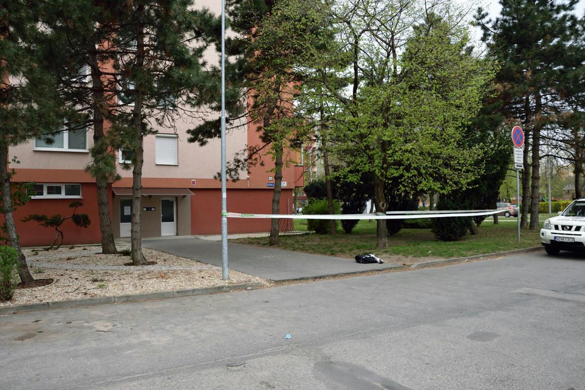 e72416d68d9c Savval öntöttek le egy nőt Érsekújváron, belehalt - 444