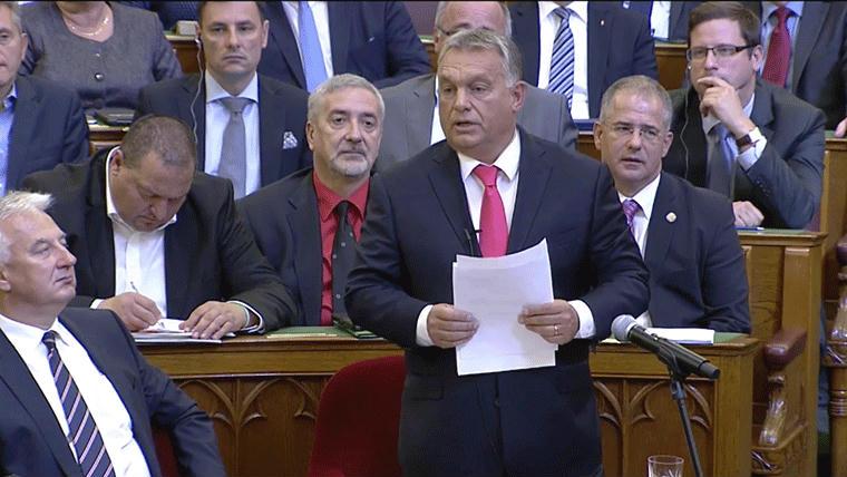 Zsúrpubi Gyorsan reagált az internet Orbán buzizására