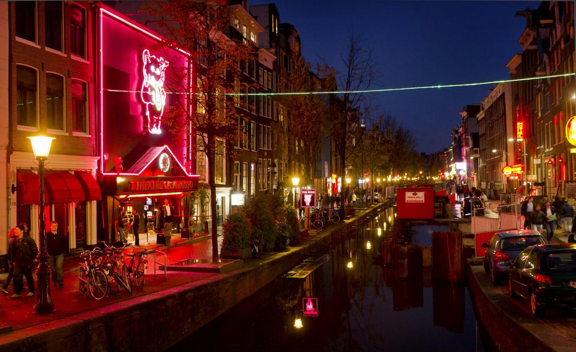 Teszteli a holland kormány, mi történik a marihuánapiaccal, ha végre nem a feketepiacról veszik a füvet a coffeeshopok - 444