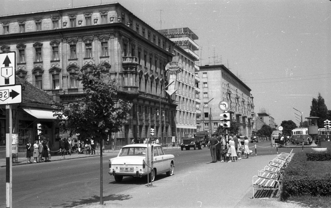 Így készültek kompromittáló szexfotók egy győri szállodában – 1965-ben