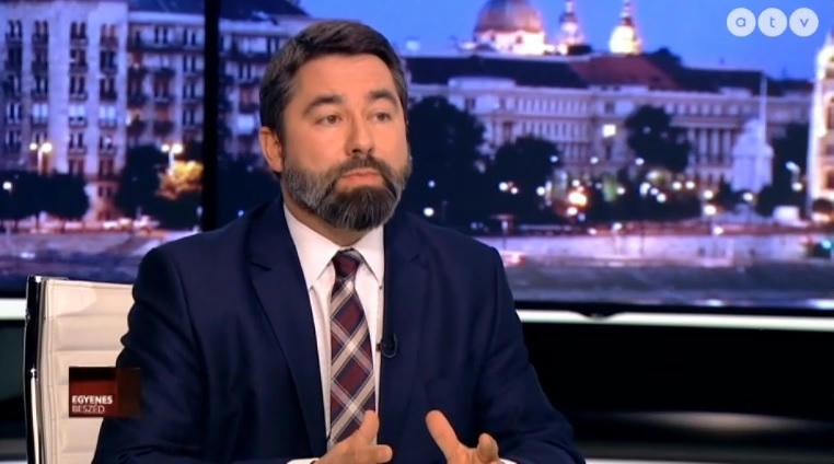 A Fidesz kommunikációs igazgatója szerint nem szabad túldimenzionálni az Európai Néppárt jelentőségét